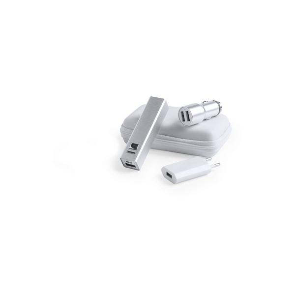Zestaw podróżny, power bank 2200 mAh, ładowarka USB, ładowarka samochodowa USB, młotek bezpieczeństwa, kabel do ładowania